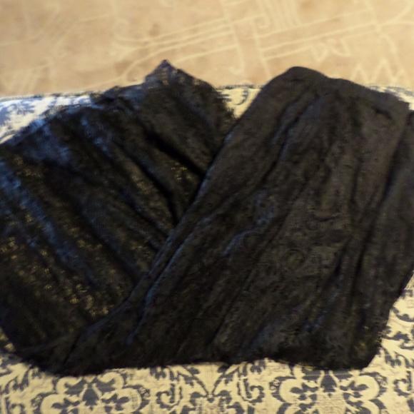 Dresses & Skirts - Black lace skirt size L